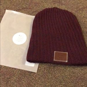 Love your melon winter hat maroon/blue Never Worn